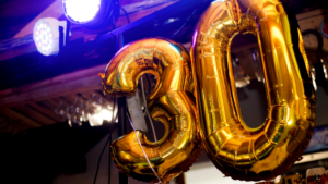 baloons forming number 30