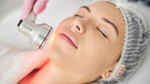 woman having Laser & Light Therapy forh er face